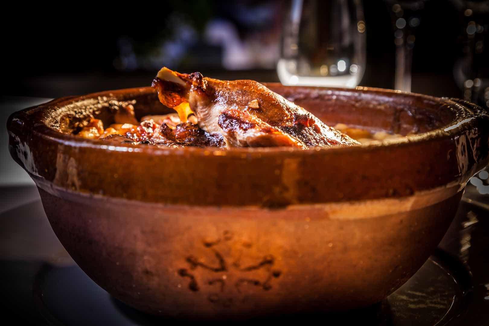 cassoulet-comte-roger-cite-carcassonne-restaurant
